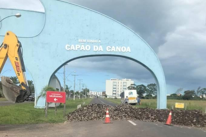 Entradas de Capão da Canoa (RS) foram bloqueadas para conter o coronavírus