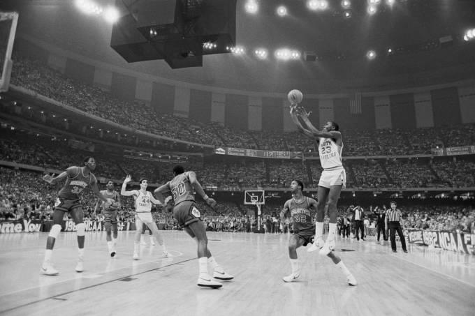 Basketball – NCAA Tournament – North Carolina vs. Georgetown.