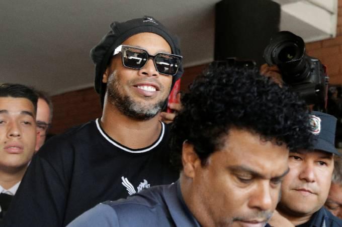 Ronaldinho após depoimento (1)