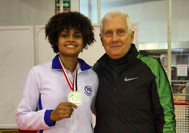 Técnico Gennady Miakotnykh com a atleta Ana Beatriz Bulcão