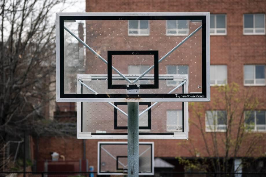Cesta de basquete arrancada em Washington, capital dos EUA