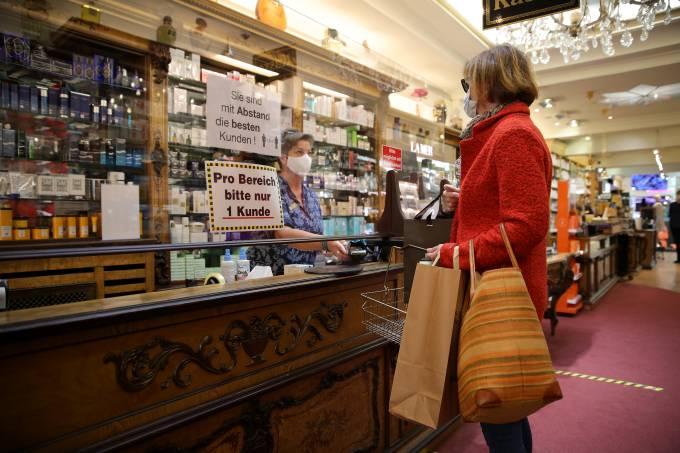 Coronavírus: Comércio é reaberto na Alemanha
