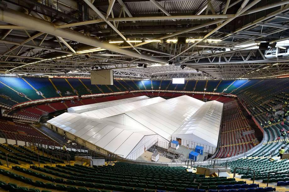 Millenium Stadium, do Cardiff City, também utilizado como espaço para abrigar um Hospital de Campanha durante a pandemia do coronavírus