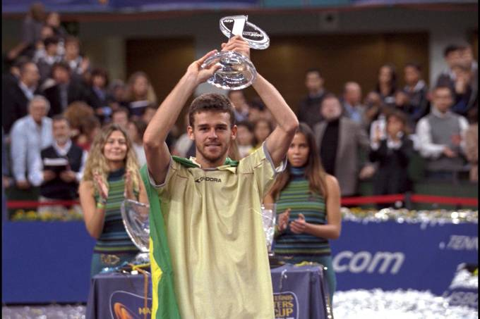 """Guga"" Kuerten wins masters cup 2000 in Lisbon."
