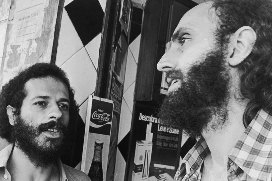 João Bosco e Aldir Blanc, em 1976