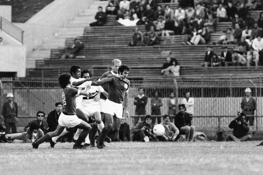 Jogo do Palmeiras contra o São Paulo, na finalíssima do Campeonato Paulista, em 1972