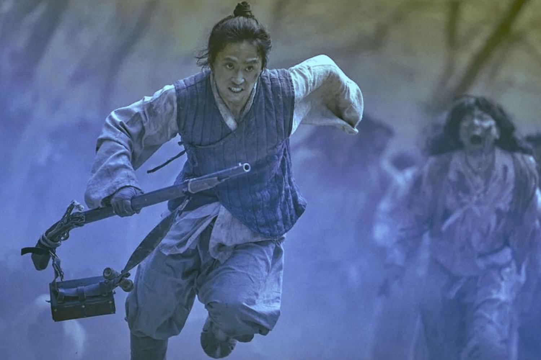 Cena da sul-coreana 'Kingdom', série de zumbis com factuais históricos.