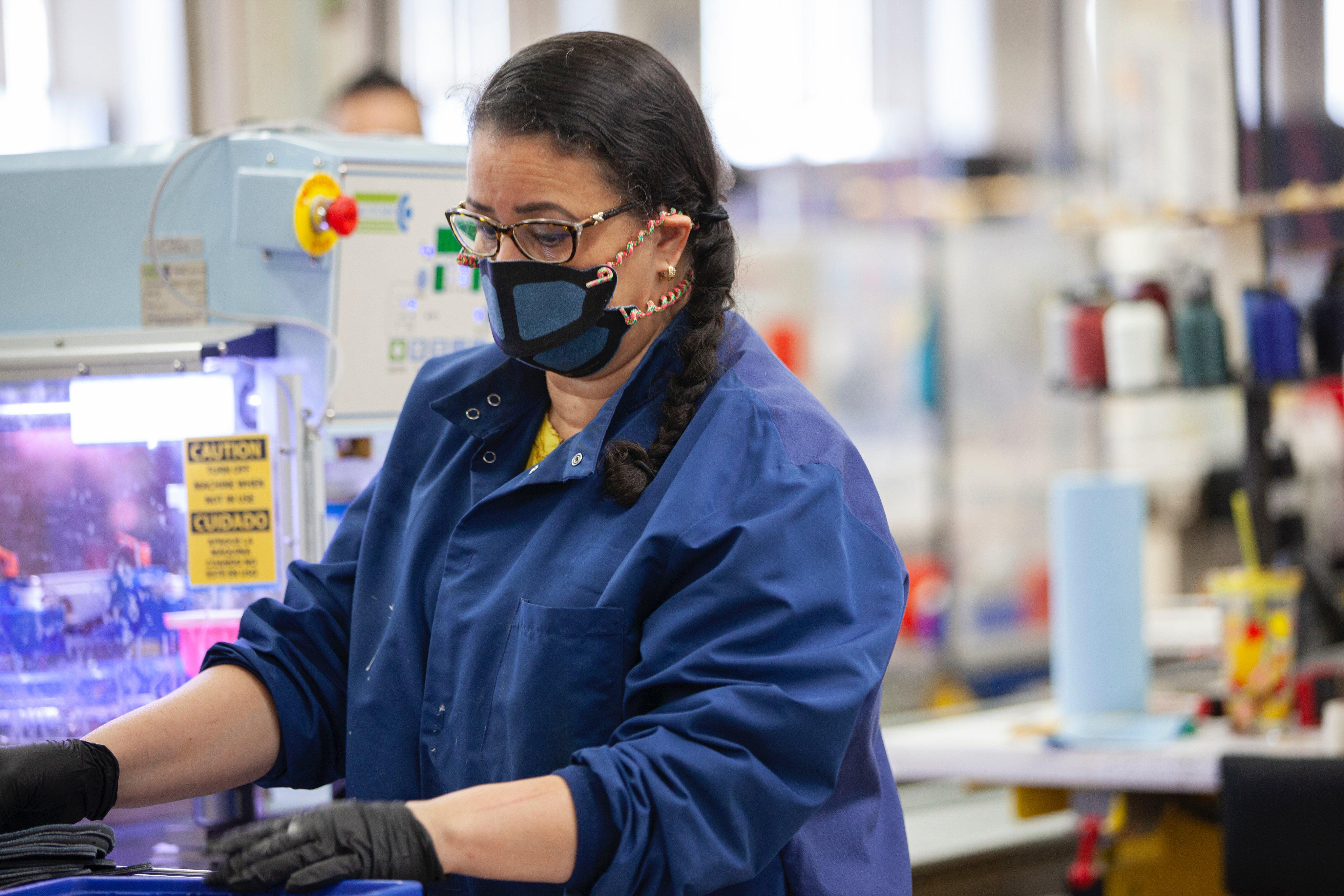 Produção industrial cresce pela nona vez seguida, mas ritmo desacelera