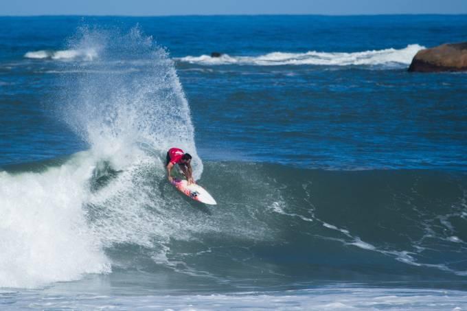 Praia_Imbituba_surf