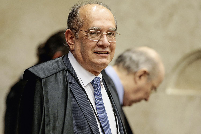 Defesa de Queiroz pede a Gilmar urgência em julgamento de habeas corpus