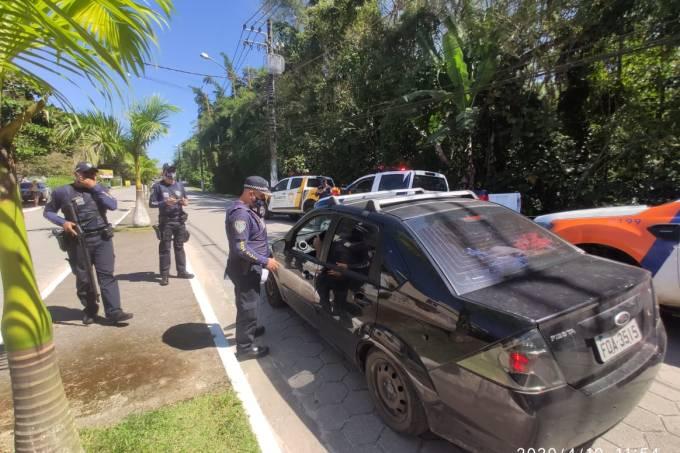 Ação da prefeitura de São Sebastião contra permanência em praias