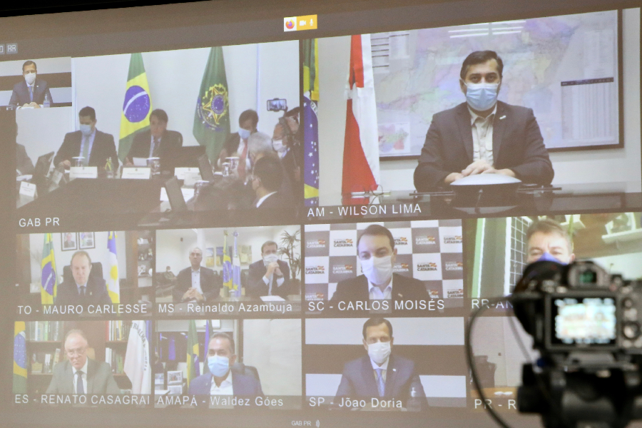 Reunião entre Bolsonaro e governadores