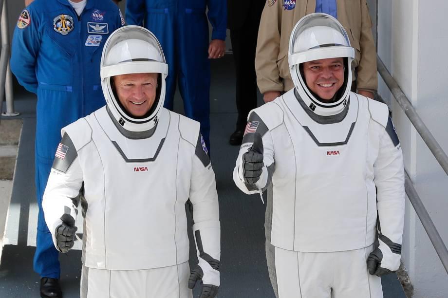 Douglas Hurley (à esq.) e Robert Behnken, os protagonistas desse voo espacial histórico
