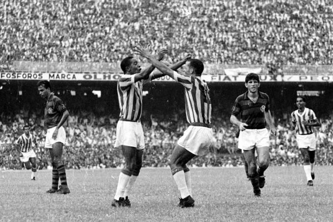 BANGU X FLAMENGO 1966