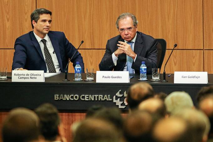 Roberto Campos Neto assume a presidência do Banco Central (BC)