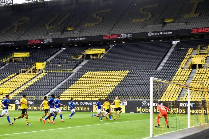 Borussia Dortmund v FC Schalke 04 – Bundesliga
