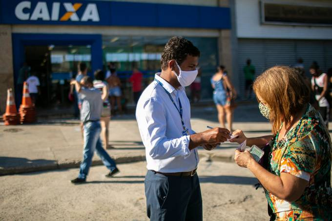 Crowds Line Up at Caixa Economica Federal to Receive the Second Installment of the Urgent Government Benefit Due to the Coronavirus (COVID – 19) Pandemic