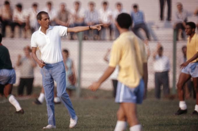 João Saldanha, técnico da Seleção Brasileira.