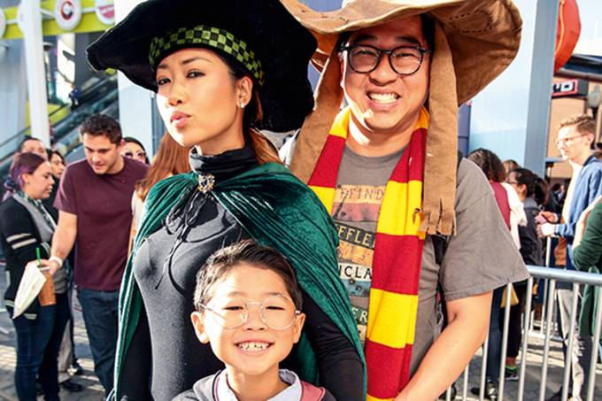 Fantastic Beasts: The Crimes of Grindelwald Fans First Event at The Wizarding World of Harry Potter at Universal Studios Hollywood, Los Angeles, USA – 3 Nov 2018