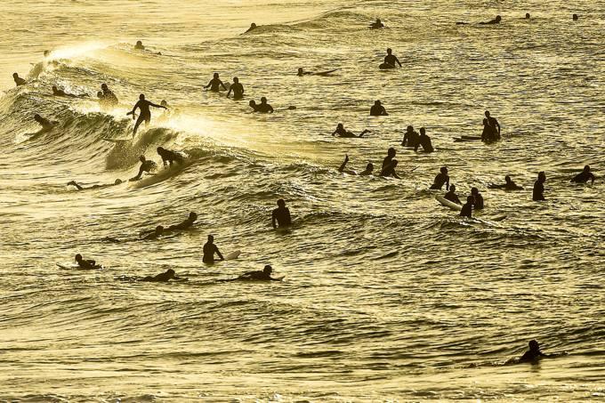 Surf-corona