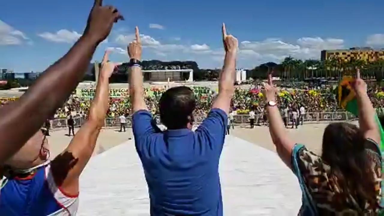 PGR rejeita investigar Bolsonaro por ameaça ao STF em ato antidemocrático