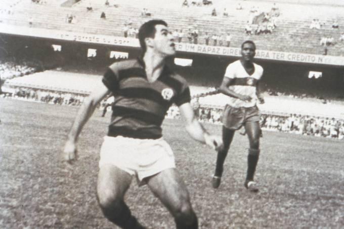 Evaristo de Macedo, do Flamengo, durante jogo.