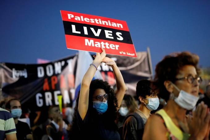 Protest against Israeli PM Netanyahu's Tel Aviv