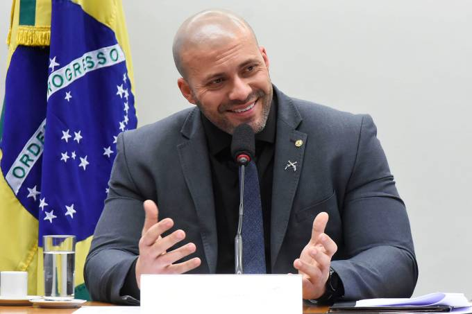 Daniel_Silveira_–
