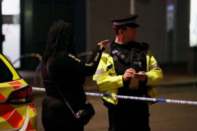 Ataque a facas em Reading, na Inglaterra