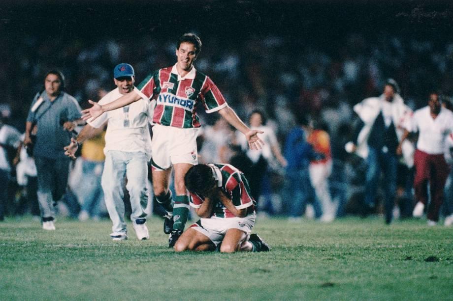Ézio e Renato Gaucho, do Fluminense, comemorando a conquista do Campeonato Carioca, em 1995