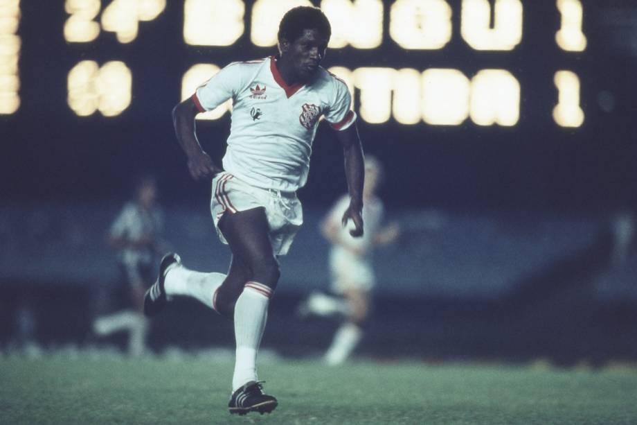 Marinho, do Bangu, durante jogo contra o Coritiba, pela Taça Libertadores da America de 1986