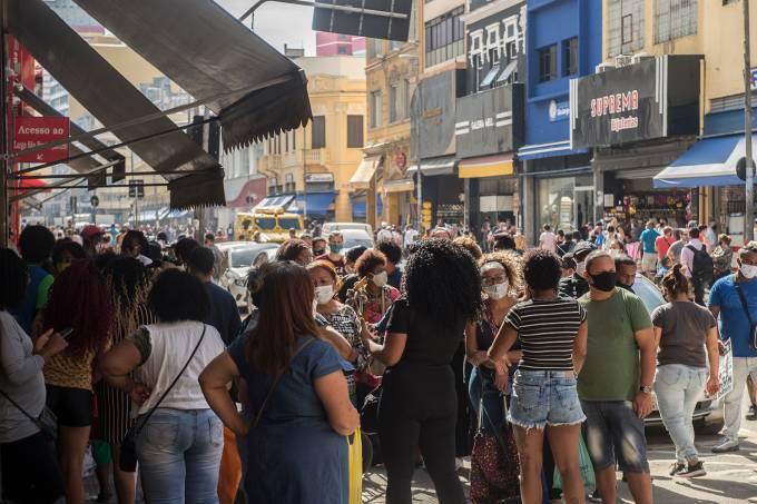 REABERTURA DO COMÉRCIO EM SÃO PAULO-coronavirus-economia-multidao-covid-compras-corona-vendas-aglomeraçao