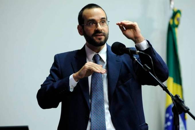 Professor UNIFESP, Arthur Bragança de Vasconcellos Weintraub