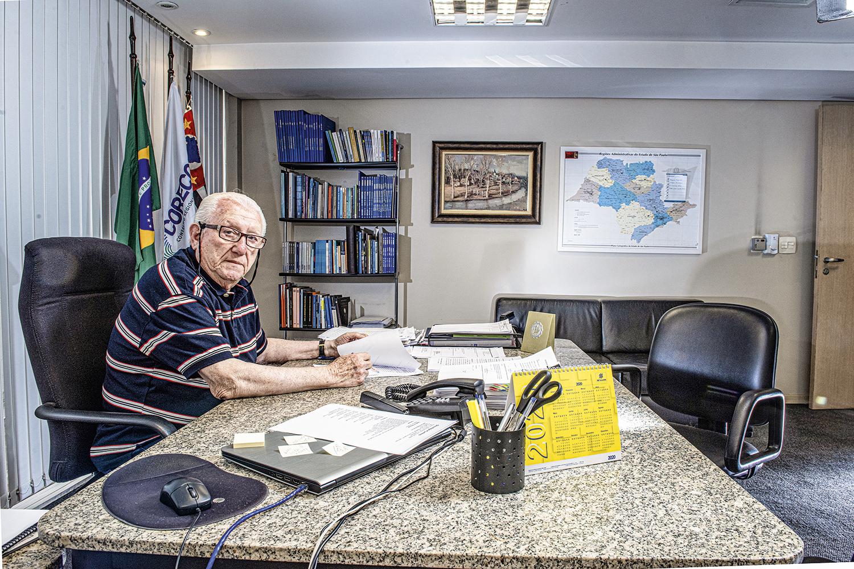 EXPERIÊNCIA -O investidor Luiz Barsi: o sucesso está no estudo das ações