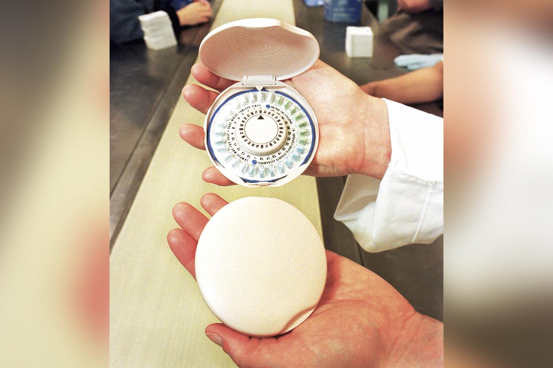 HISTÓRIA -A primeira versão do anticoncepcional (acima) foi lançada nos anos 1960: libertação feminina