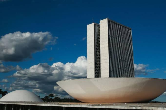 monumentos_brasilia_cupula_plenario_da_camara_dos_deputados3103201341