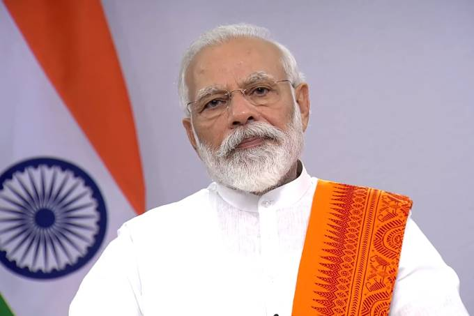 India's Prime Minister encourages yoga practice against Covid-19