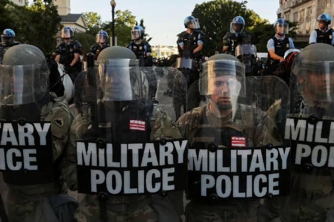 Protesto por George Floyd em Washington DC, nos Estados Unidos