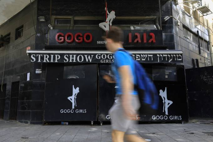 ISRAEL-SOCIAL-PROSTITUTION-WOMEN
