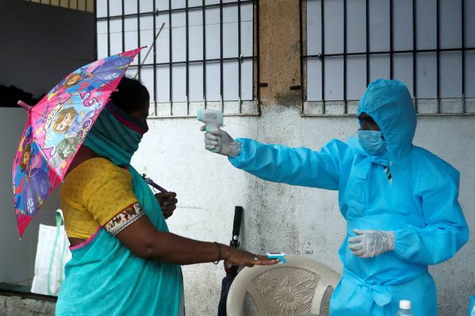 The coronavirus disease (COVID-19) outbreak in Mumbai