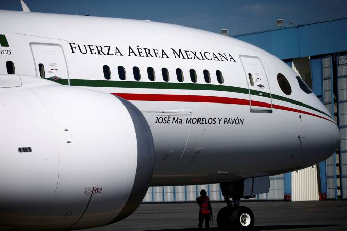 FILE PHOTO: Mexican Air Force Presidential Boeing 787-8 Dreamliner is pictured at a hangar before being put up for sale by Mexico's new President Andres Manuel Lopez Obrador, at Benito Juarez International Airport in Mexico City