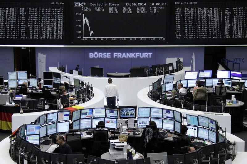 Bolsas despencam com quedas de economias no 2º trimestre