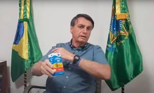 Cada postagem de Bolsonaro sobre tratamento precoce atinge 4,9 milhões de pessoas.