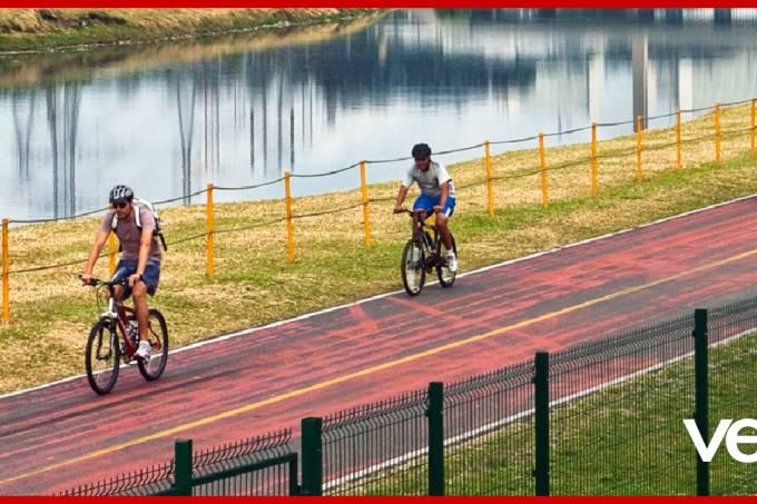 Ciclistas-utilizando-a-Ciclovia-Rio-Pinheiros—Linha-9—Esmeralda—CPTM (1)