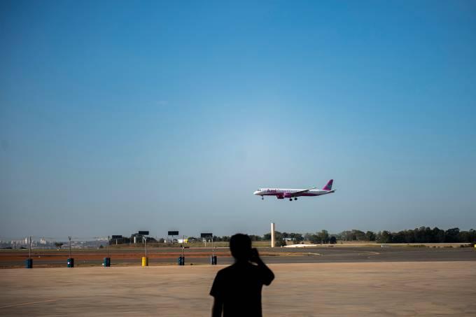 Hangar da Azul Linhas Aéreas-aviacao-aviao-voos-turismo-viagem