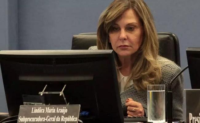 Lindora Araújo