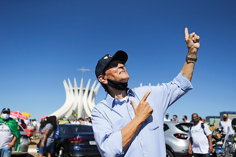 OPÇÃO- Roberto Jefferson: o cacique do PTB já ofereceu abrigo ao presidente.