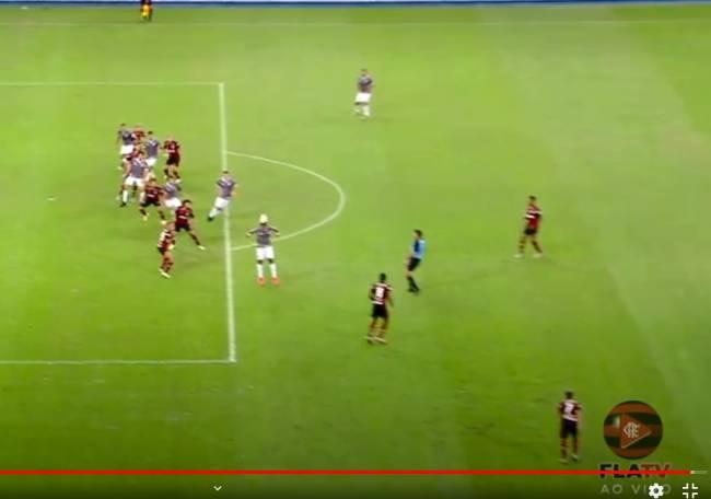 Lance do gol reprisado na FlaTV