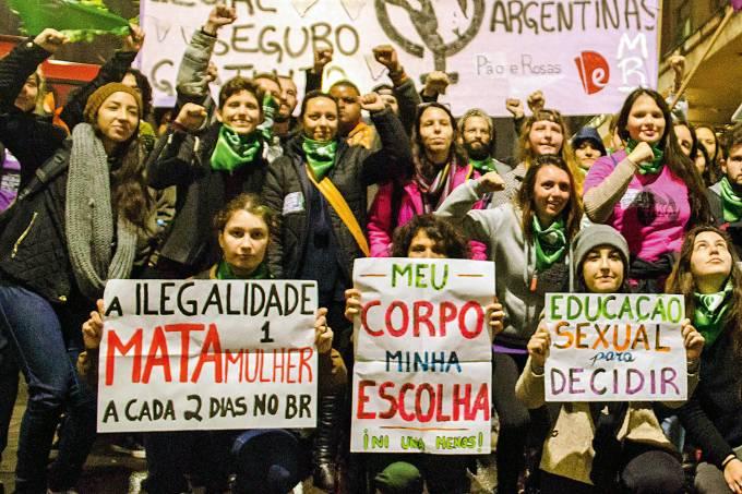Protesto pela descriminalizaÁ¿o do aborto.