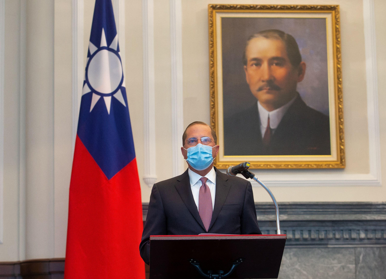 China conduz exercícios militares em ameaça direta a Taiwan